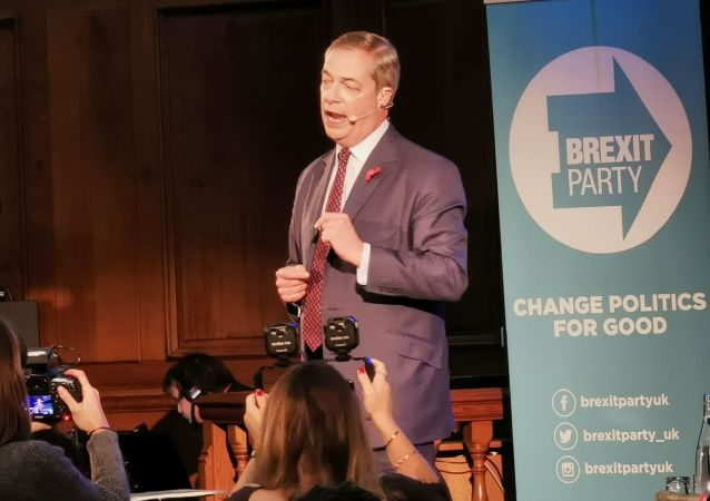 Brexit Party leader Nigel Farage delivers speech at Brexit rally in London