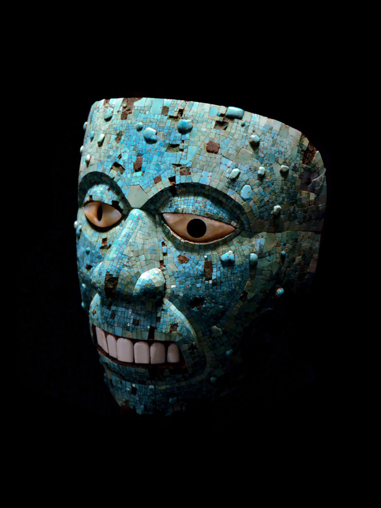 Turquoise mosaic mask of Xiuhtecuhtli, the god of fire. Aztec or Mixtec (AD 1400-1521), in the British Museum.