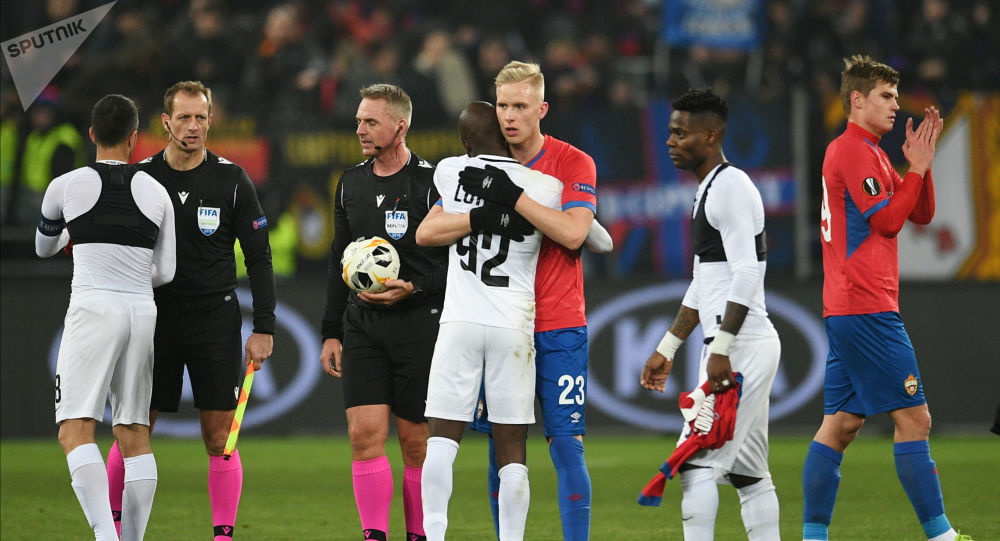 CSKA's and Ludogorets' players shake each others hands after the Europa League Group H soccer match between CSKA Moscow and Ludogorets Razgrad, in Moscow, Russia.