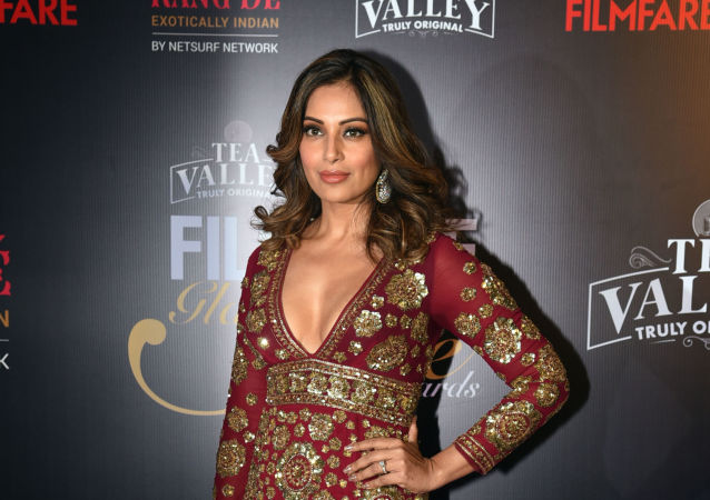 Indian Bollywood actress Bipasha Basu attends the 'Filmfare Glamour and Style Awards' ceremony in Mumbai on February 12, 2019
