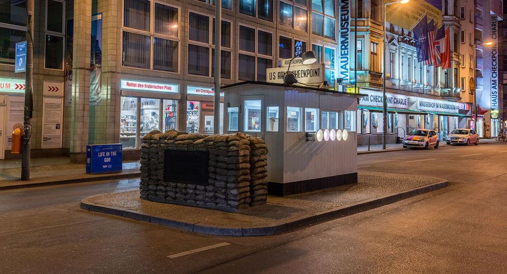 Checkpoint Charlie, Berlín, Alemania
