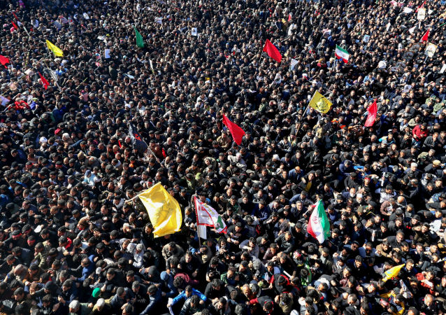 Iranian mourners during the final stage of funeral processions for top general Qasem Soleimani, in his hometown Kerman