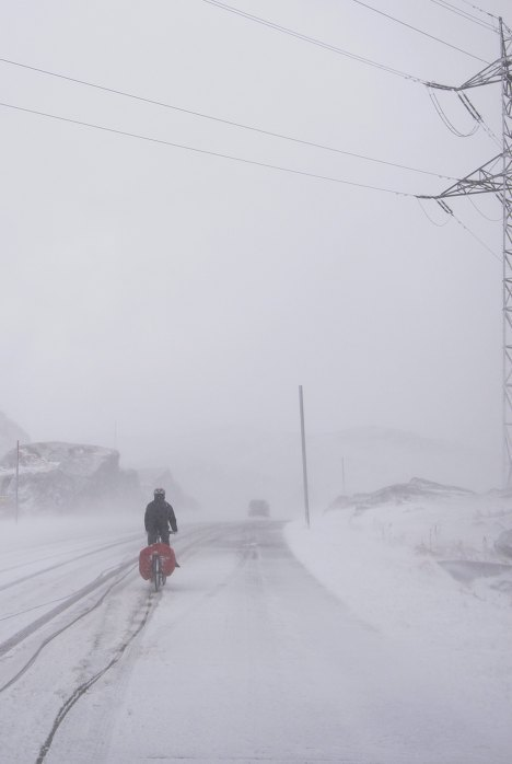 Germany, Austria and Poland hit by snowstorms 6