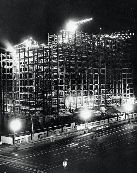 Строительство высотного здания на Смоленской площади