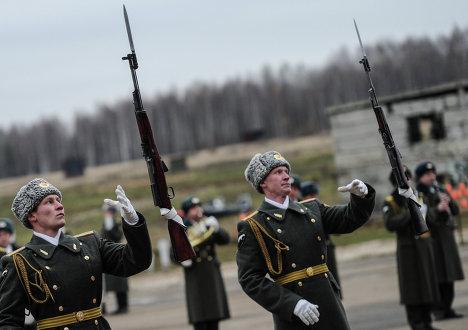 Демонстрация боевой подготовки в рамках выставки Интерполитех-2012