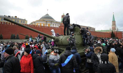 После окончания торжественного марша, посвященного 71-й годовщине Парада 1941 года, на Красной площади