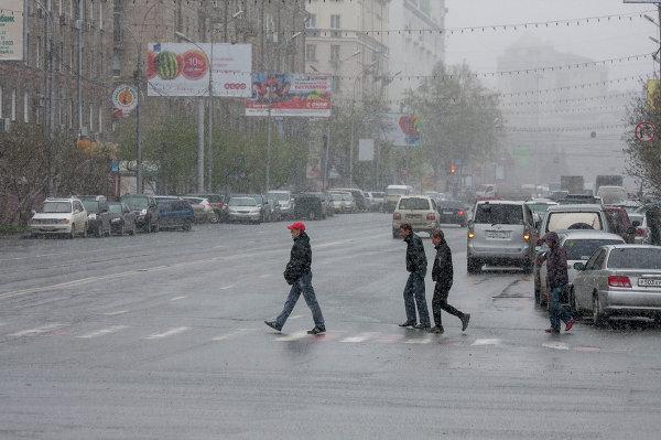 Метель в Новосибирске 13 мая