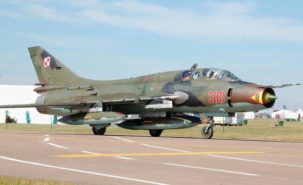 Советский истребитель-бомбардировщик СУ-17