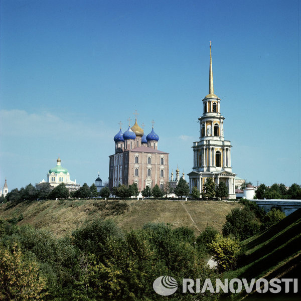 Dormition Cathedral and bell tower