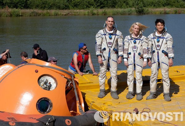 Training of 48/49 ISS crew in Noginsk