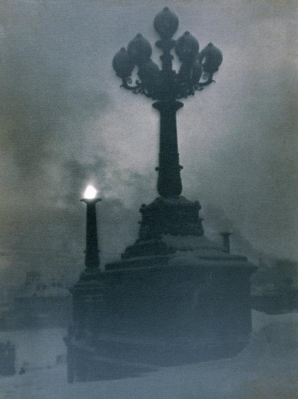 Юрий Еремин Померанцевский светильник. Москва, [1929] Серебряно-желатиновый отпечаток